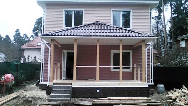 Каркасный дом 10х8 с вальмовой крышей